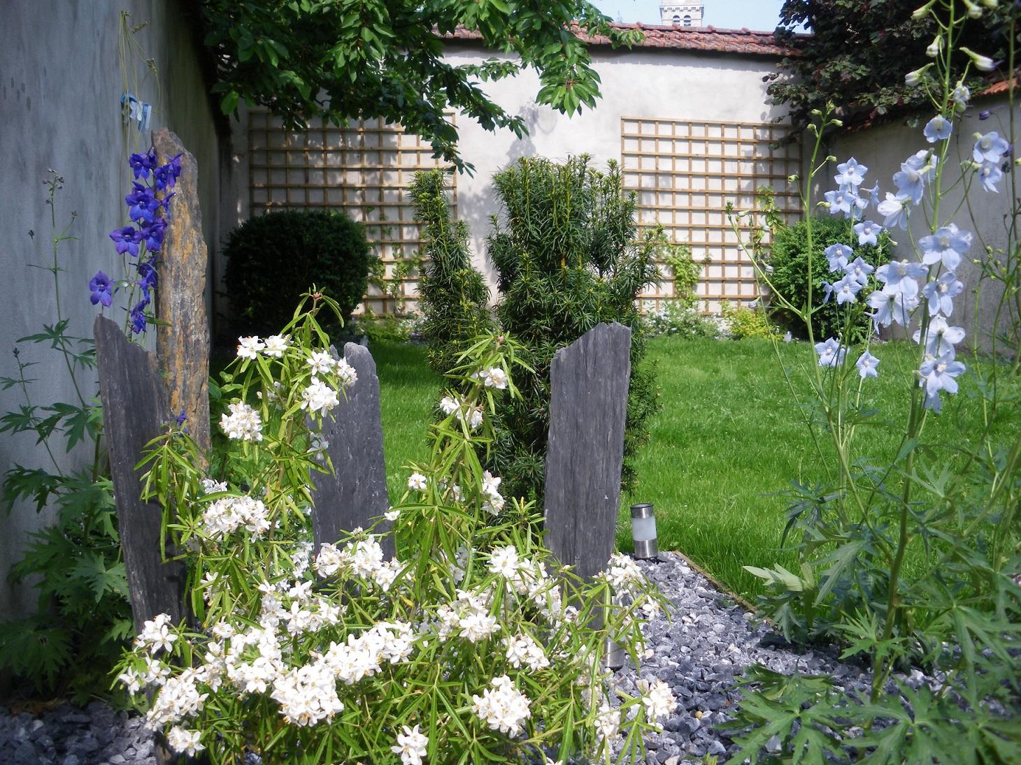 D coration ext rieure mobilier de jardin et poterie fl - Mobilier jardin witry les reims villeurbanne ...